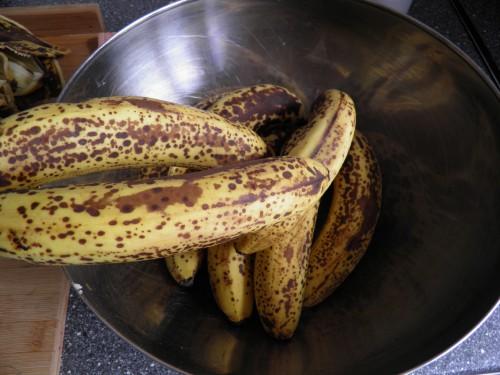 mede, overrijpe bananen